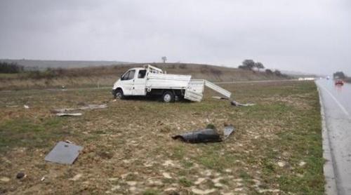 iscileri-tasiyan-kamyon-devrildi-7-yarali